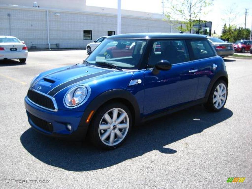 Blue Mini Cooper Blue Mini Cooper Car Colors Mini Cooper