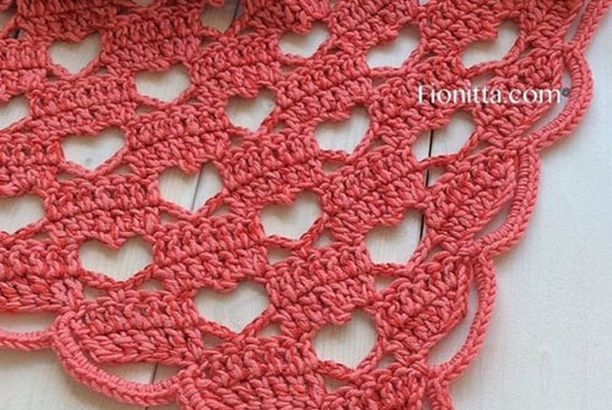 Lacy Crochet Shawl - Tutorial (Crochet For Children) | Cobija, Chal ...