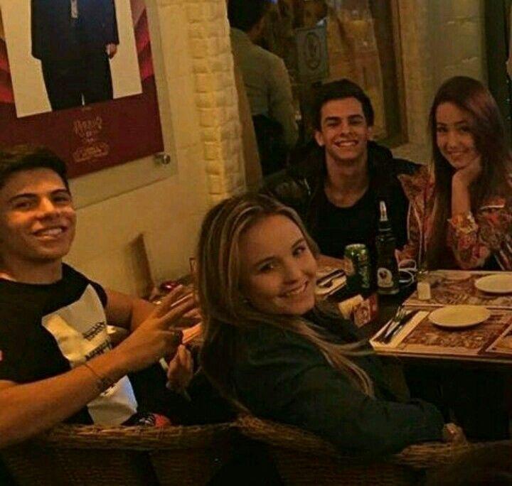 Niver da Mha Melhor Amizade, Larissa Manoela, Carrossel, Velhos, Pessoas 6df1c505e6
