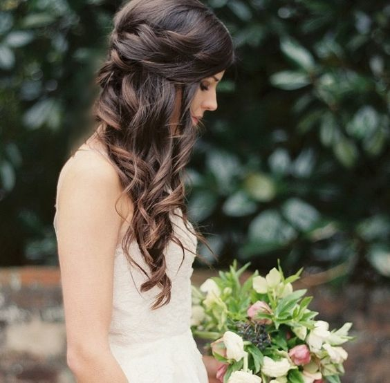 Love This Wedding Hair Pulled Back But Interesting Sides And Curls Down One Side Bride Hairstyles Wedding Hair Side Wedding Hair Down