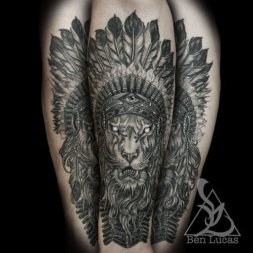 Brandons Lion With Indian Headdress In Black And Grey Inner Forearm Tattoo By Ben Lucas At Eye Of Jade In Chico Ca Usa Headdress Tattoo Native American Tattoo Sleeve Native American Feather Tattoo
