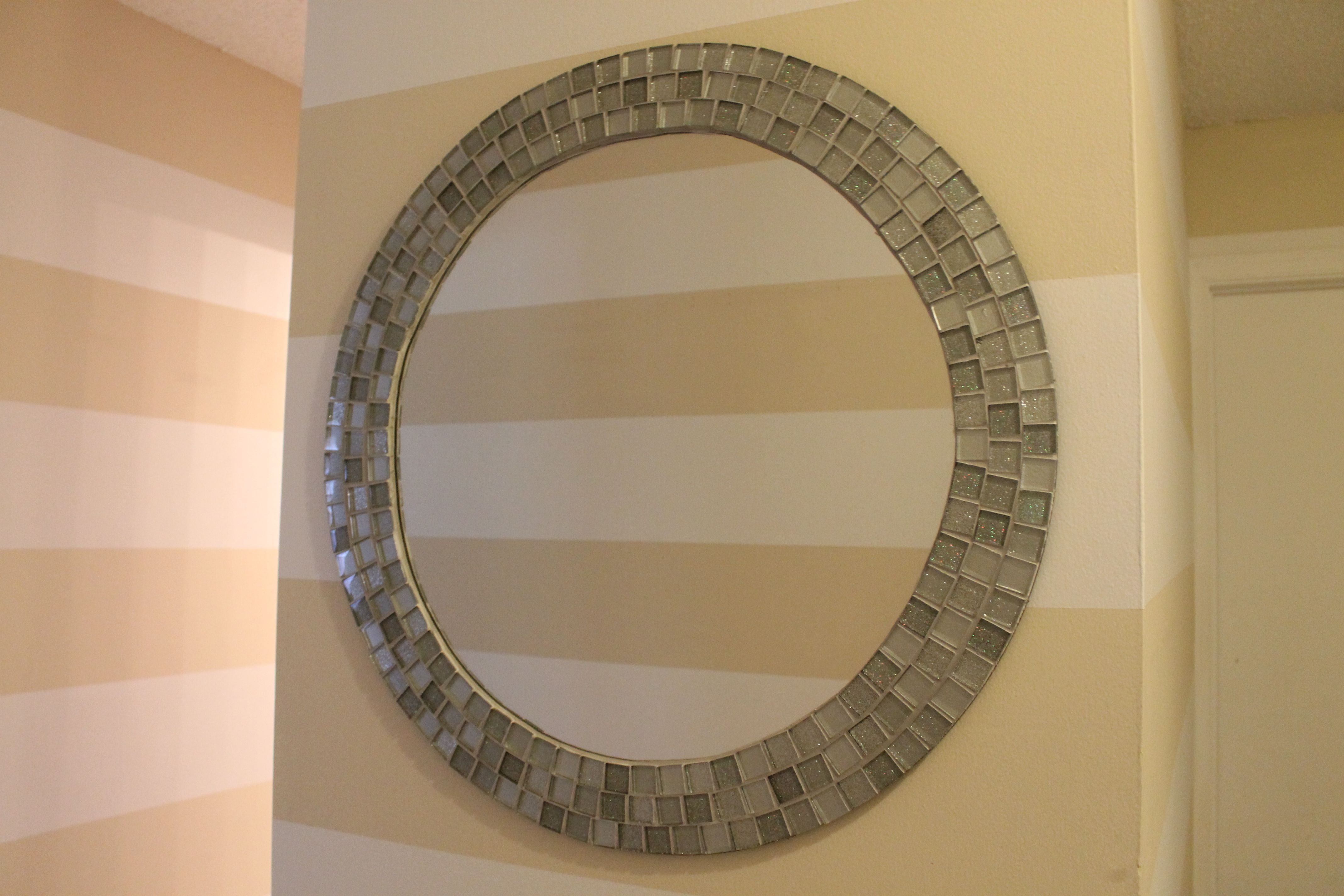 Diy Mirror Diy With Instructions For This Mosaic Tiled Mirror Way Better