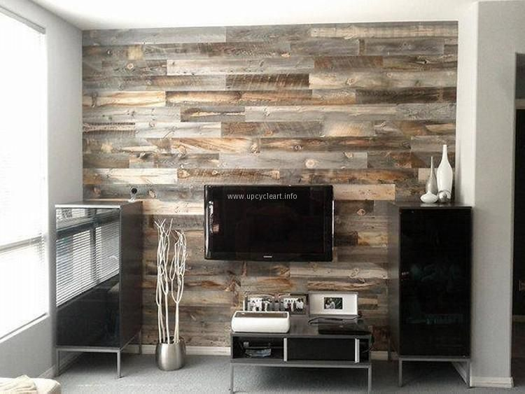 Wall Out Of Pallets Wood