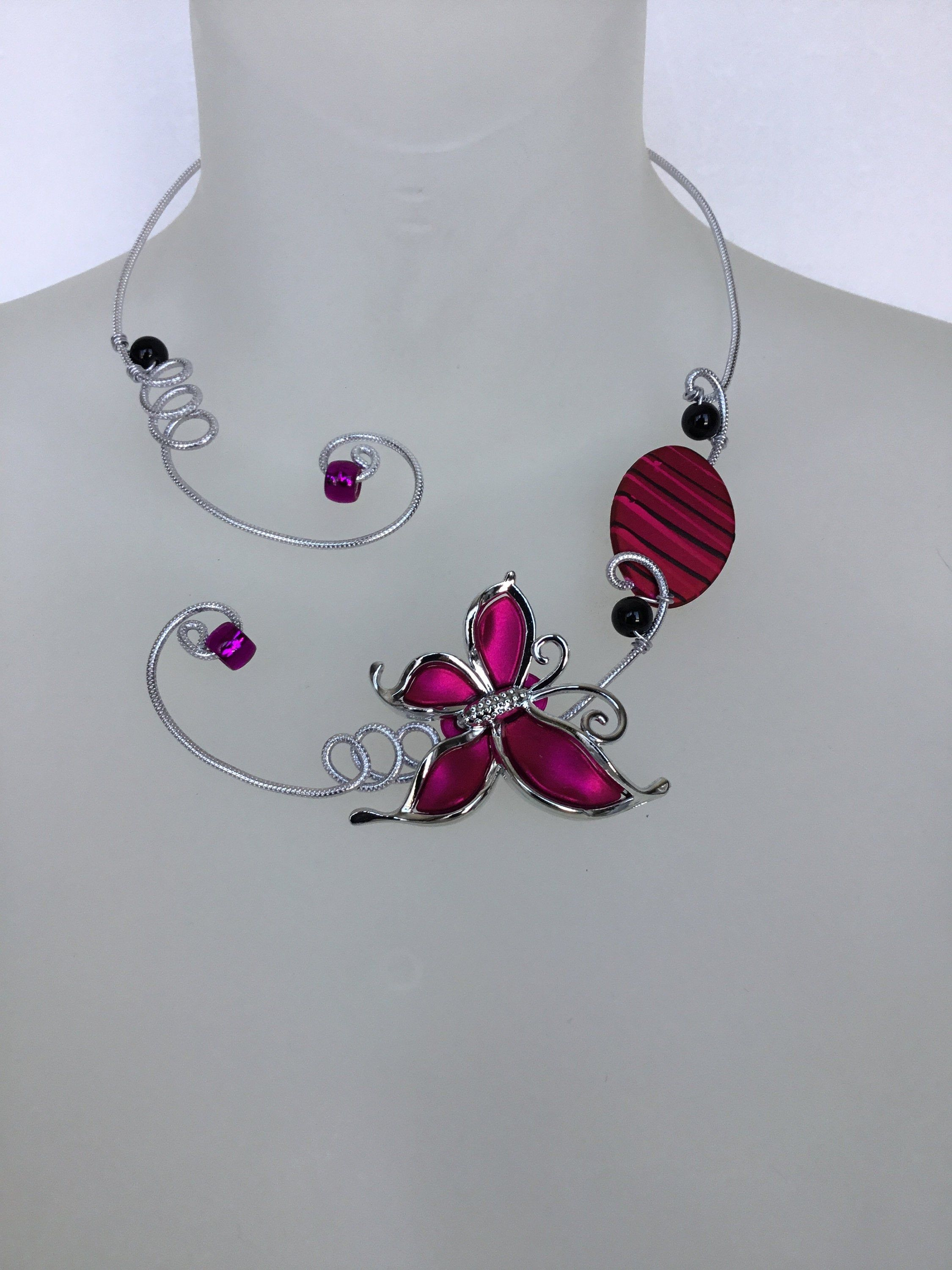 Fuchsia Open Necklace Fuchsia Necklace Fuchsia Jewelry Butterfly Necklace Aluminium Wire Necklace Metal Wire Necklace Metal Jewelry In 2020 Fuchsia Necklace Bridesmaid Necklace Bridesmaid Jewelry