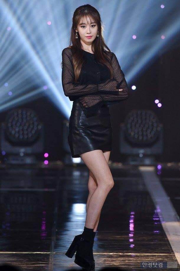 Kim tae hee dan jiyeon t-ara sexy love