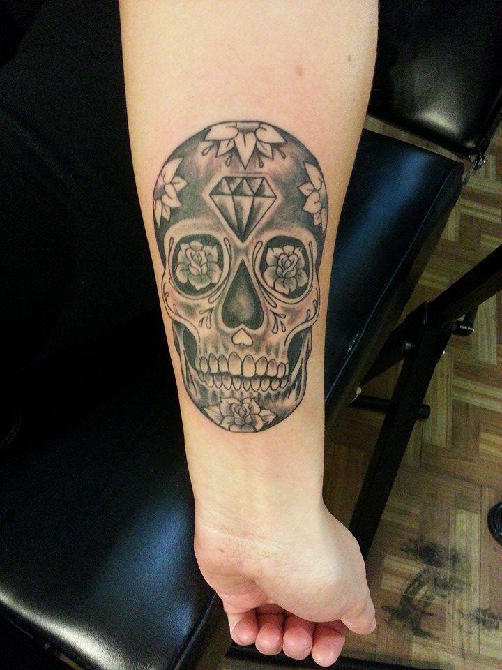 Diamond head sugar skull by on
