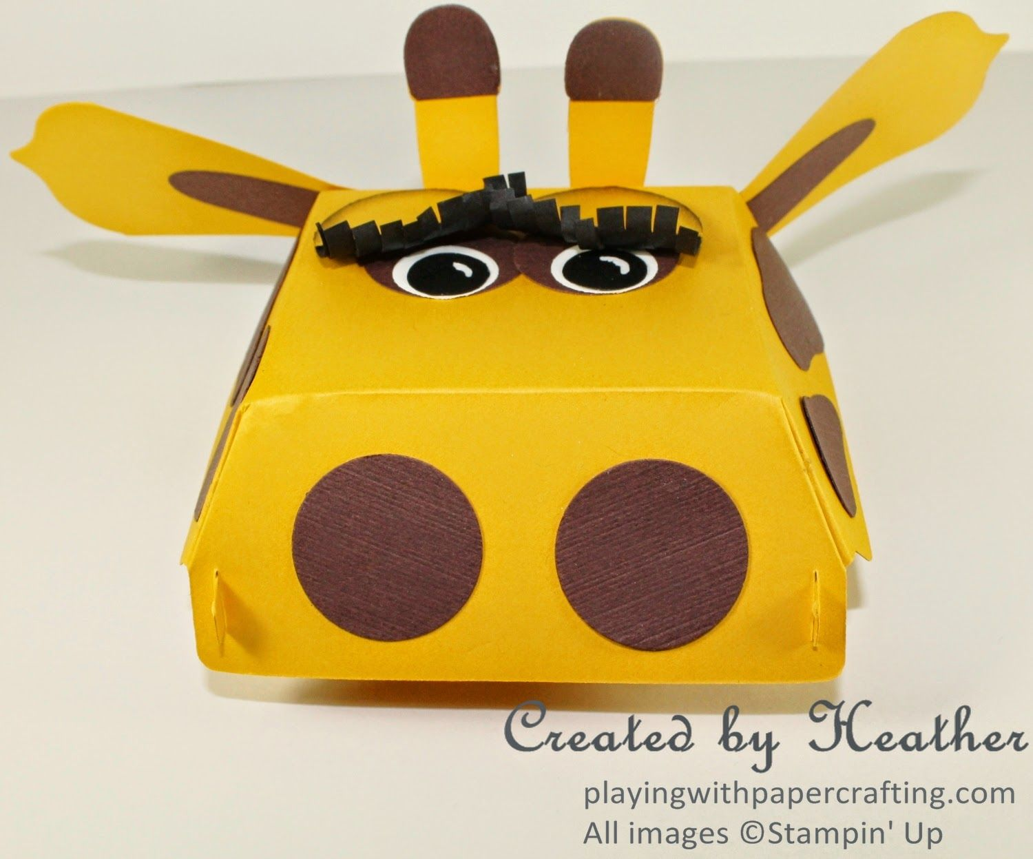 Playing with Papercrafting: Sophie the Hamburger Box Giraffe for Mom and Me Class, #PunchArt, #HamburgerBoxBigzXLDie, http://www.playingwithpapercrafting.com/2014/07/sophie-hamburger-box-giraffe-for-mom.html