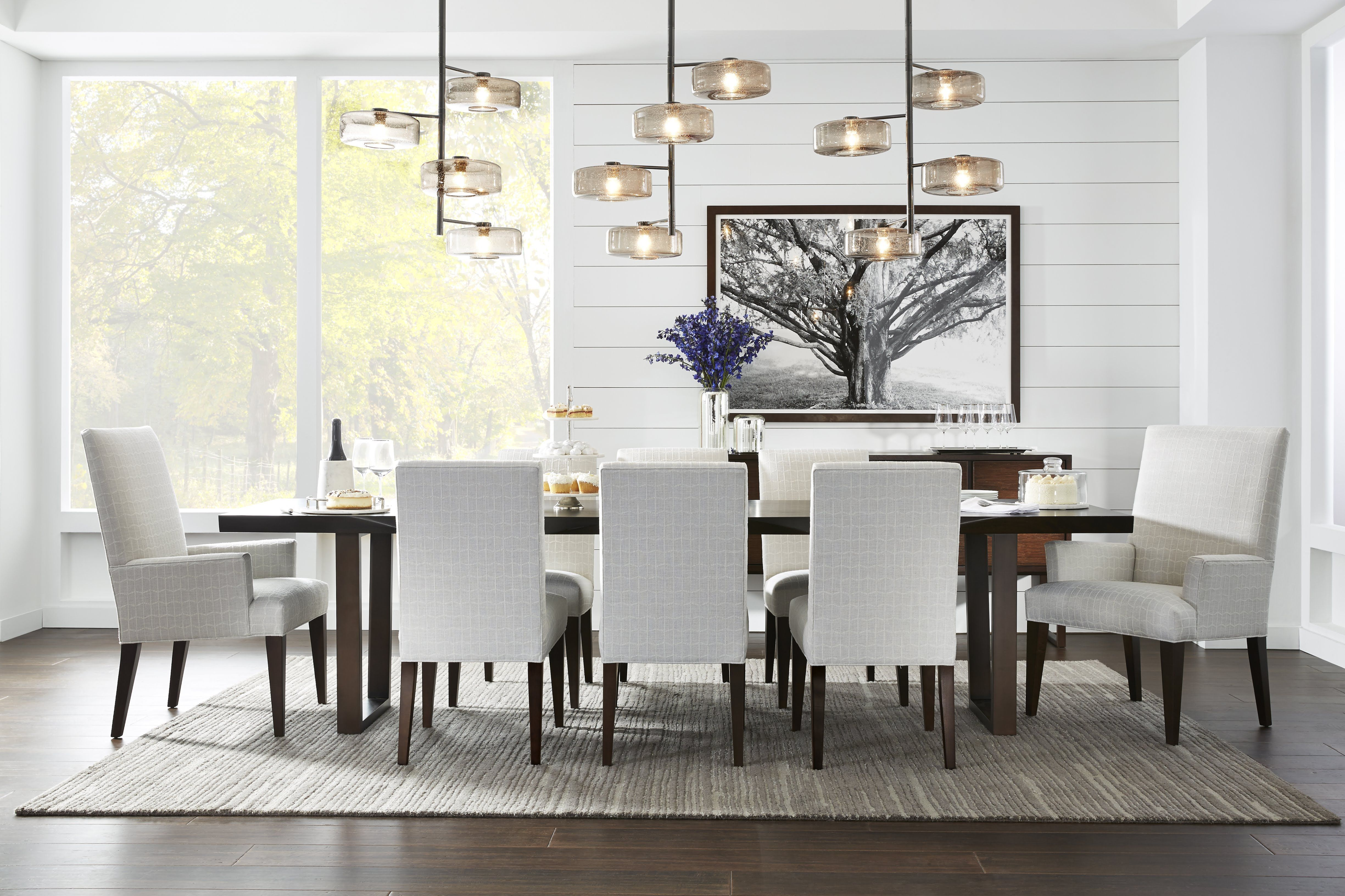 Mg Bw Span The Seasons With A Rosewood Topped Dining Table And