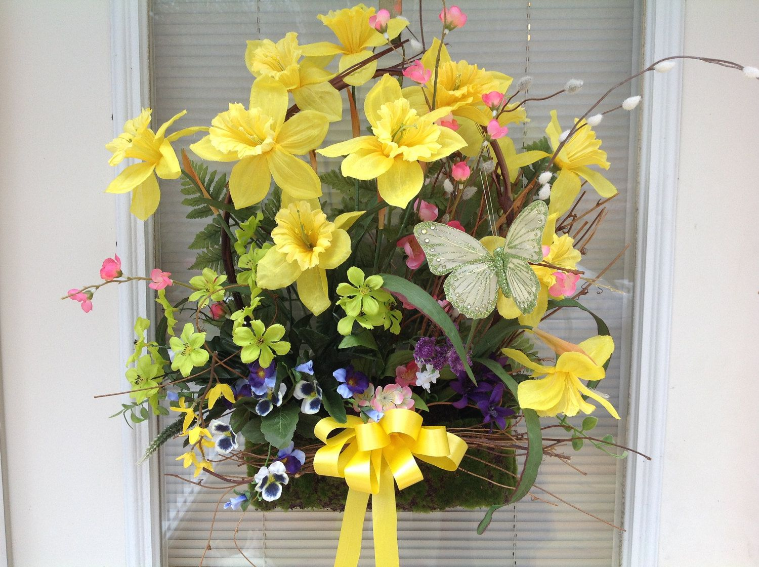 Spring wreath, door hanging, Mother\'s Day,Easter,daffodil, natural ...