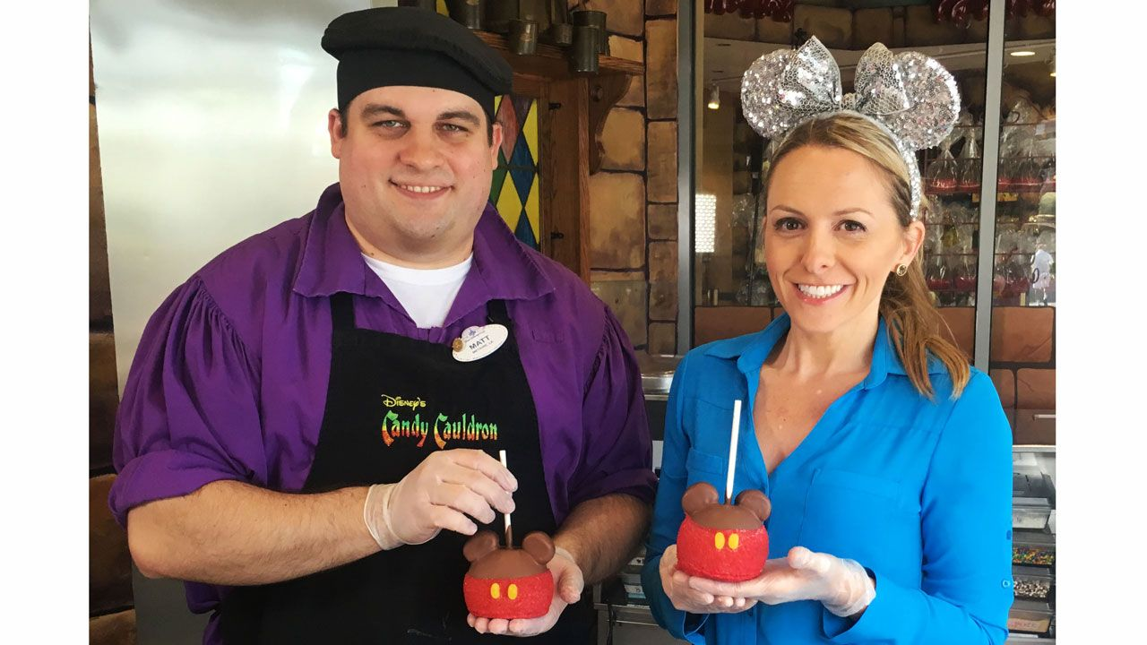 When it comes to diy do it yourself projects mine tend to involve when it comes to diy do it yourself projects mine tend to involve chocolate so i was happy to stop by the candy cauldron at disney springs last week to solutioingenieria Choice Image