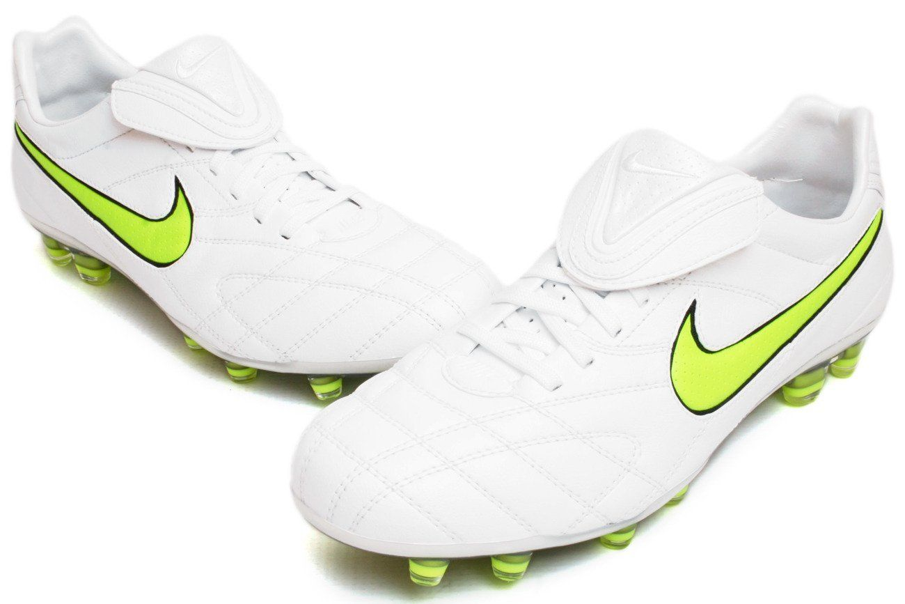 best sneakers c6578 6c14f Amazon.com: Nike Tiempo Legend Elite Firm Ground Soccer ...