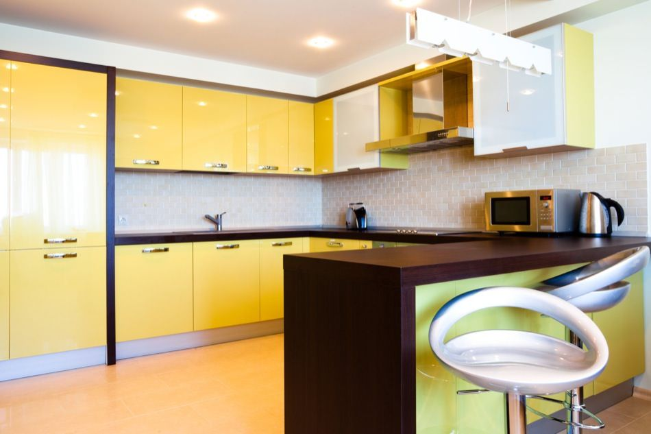 High Gloss And Matte Lacquered Kitchen Cabinet Doors Gallery Yellow Kitchen Kitchen Cabinet Design Kitchen Cabinets