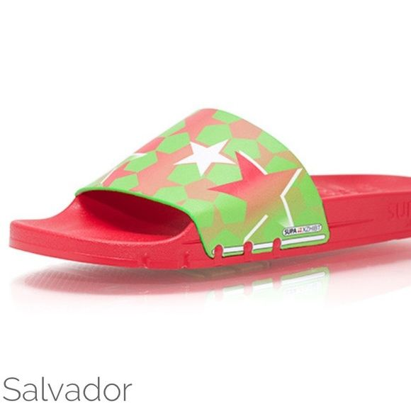 I just discovered this while shopping on Poshmark: Salvador Supa Slydes Athletic Sandal Flip Flop   Boutique. Check it out!  Size: Various