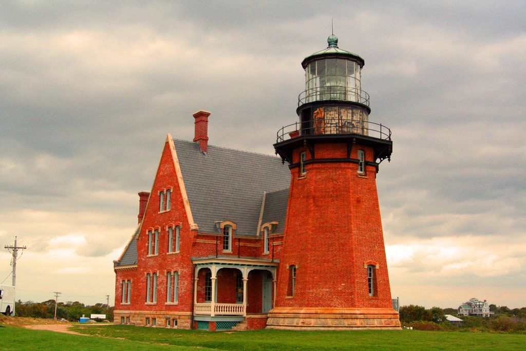 Block Island Southeast Light Best Lighthouse  Block Island Lighthouse And Windmill Decorating Design