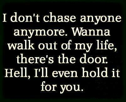 When Someone Walks Out Of Your Life Let Them People Leaving Quotes People Quotes Go For It Quotes