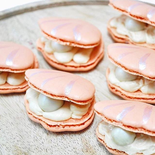 Oyster Macarons With Salted Caramel Filling And While