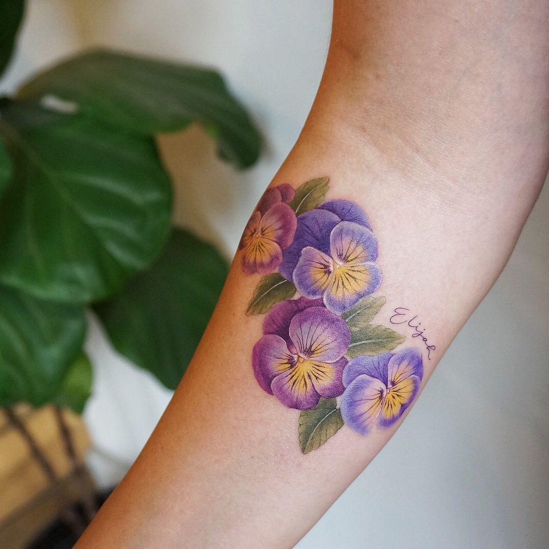 G No On Instagram Torontotattoo Tattoopeople Pansy Flowertattoo Pansies Toronto Tattoo Pansy Violet Flower Tattoos Purple Flower Tattoos Violet Tattoo
