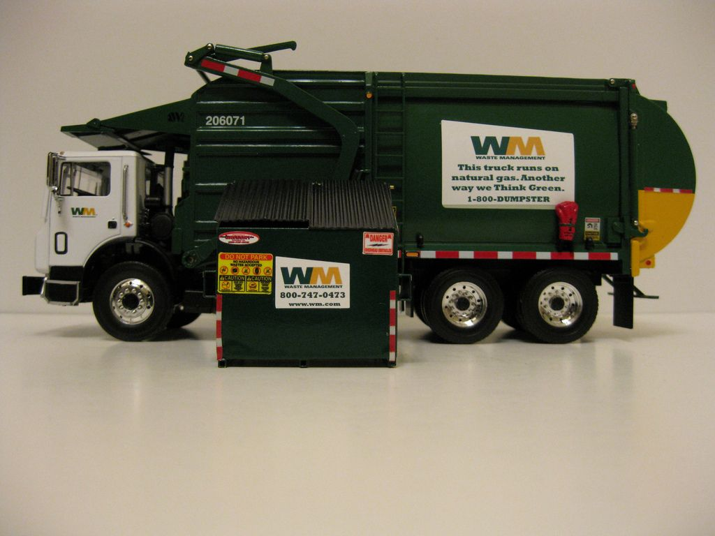 Waste Management Garbage Truck Dimensions With Images Garbage