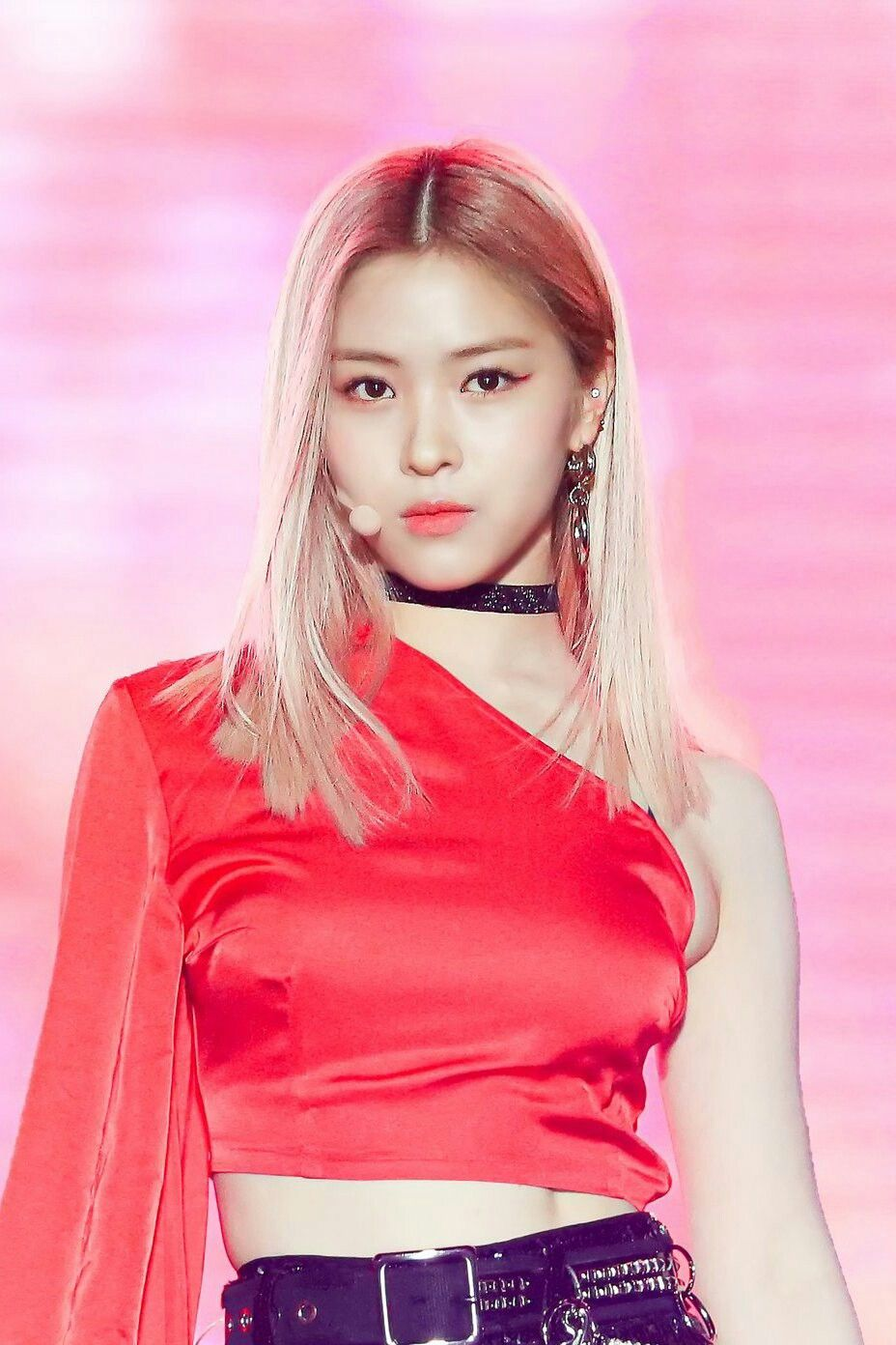 191126 Itzy At Asia Artist Awards Aaa 2019 In Vietnam Outfits Female Superhero Fashion