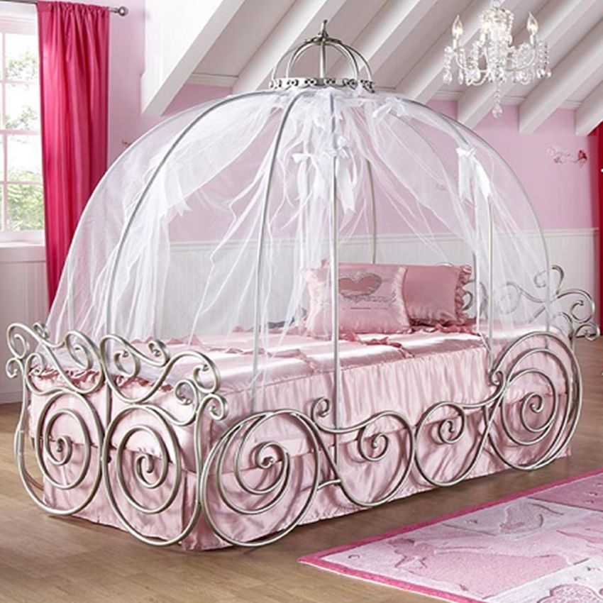 Canopy Beds Through History 35 Bedroom Designs Pouted Com Girls Bed Canopy Princess Bed Frame Princess Canopy Bed