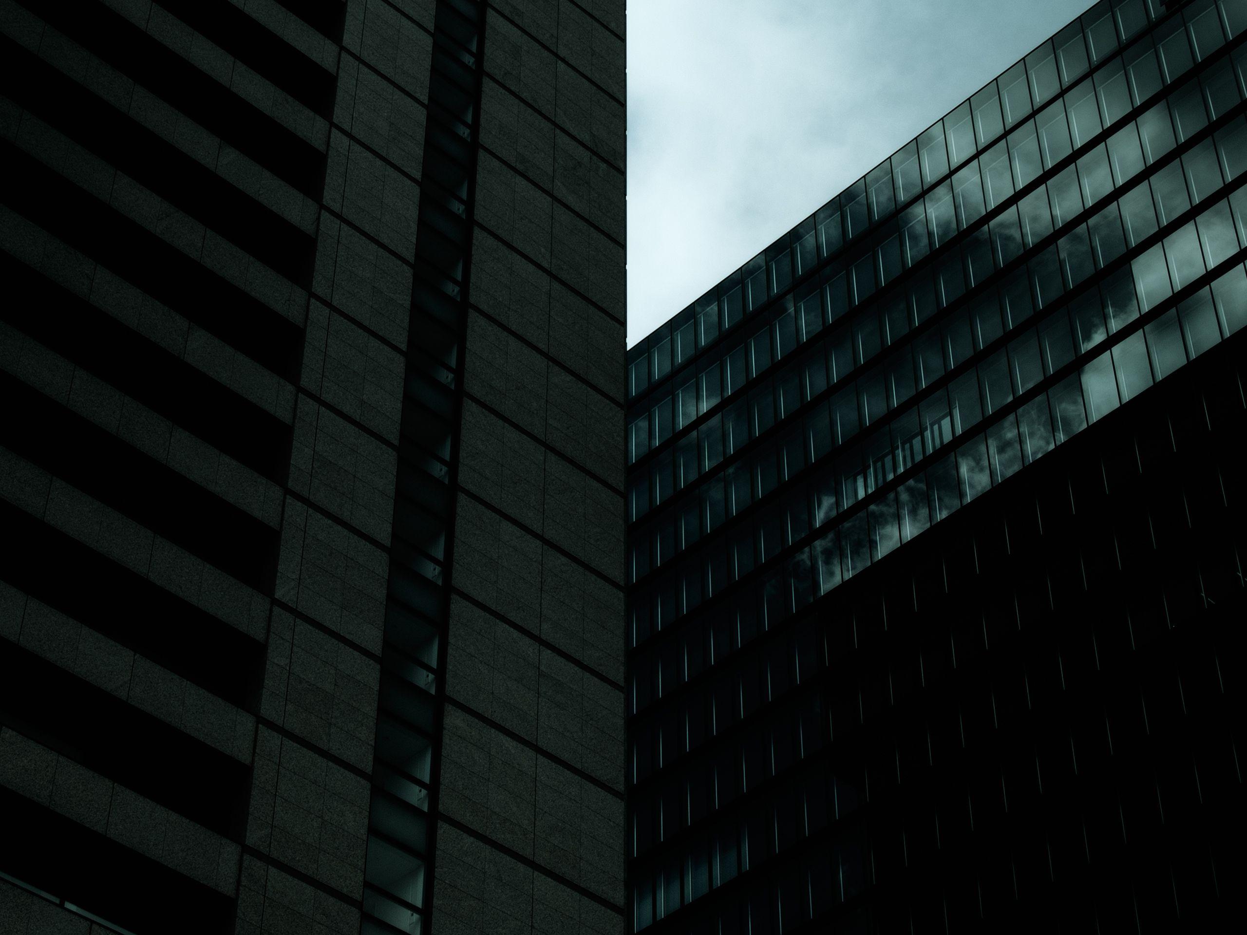 """Pain makes people change."" #photography #architecture #window #reflection   #ahsheegrek"