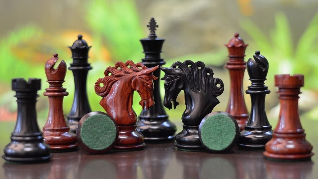 Clearance   Flat 50% off on our valentine chess sets