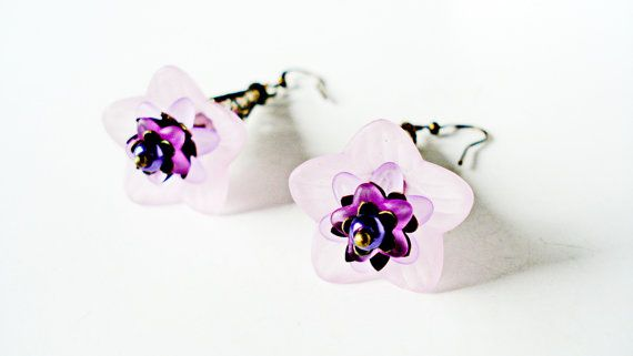 Lavender  Lucite Flower Brass Earrings by BeadPassionbyAB on Etsy $15.00