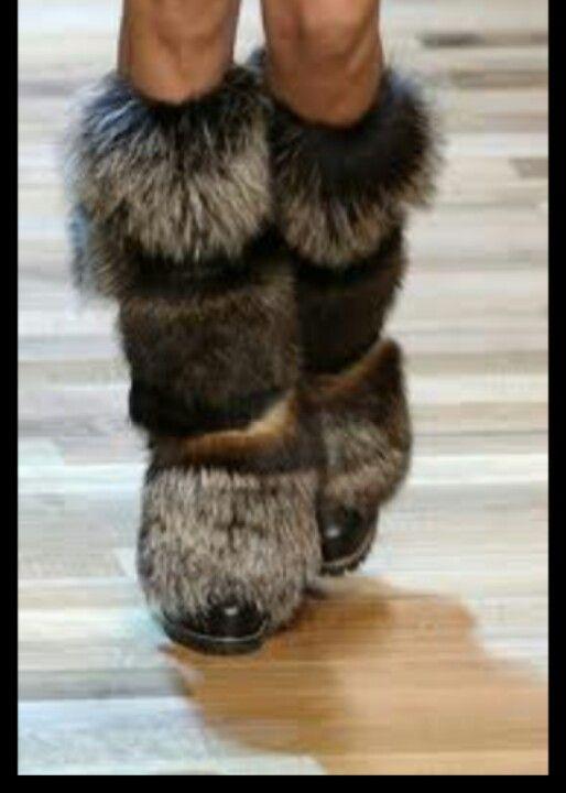Gucci fur boots \\ gr
