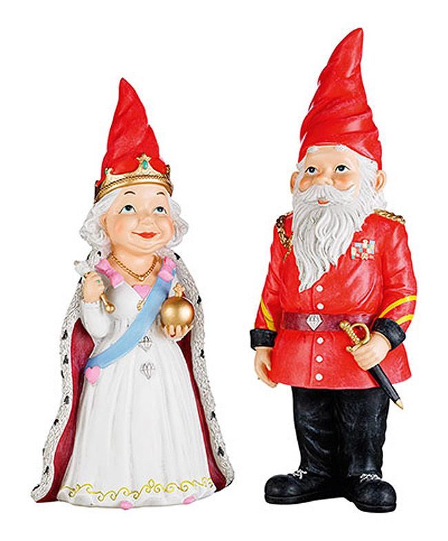 Queen Elizabeth And Prince Philip Lawn Gnomes Can We Say Epic Love Cute Kitsch Lawn Garden Gnomes Uk British Gnomes Gnome Garden Gnomes For Sale