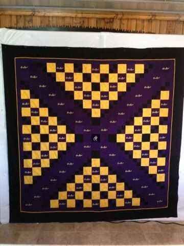 quilt made out of crown royal bags | Crown Royal Quilts | Quilts ... : quilt made from crown royal bags - Adamdwight.com