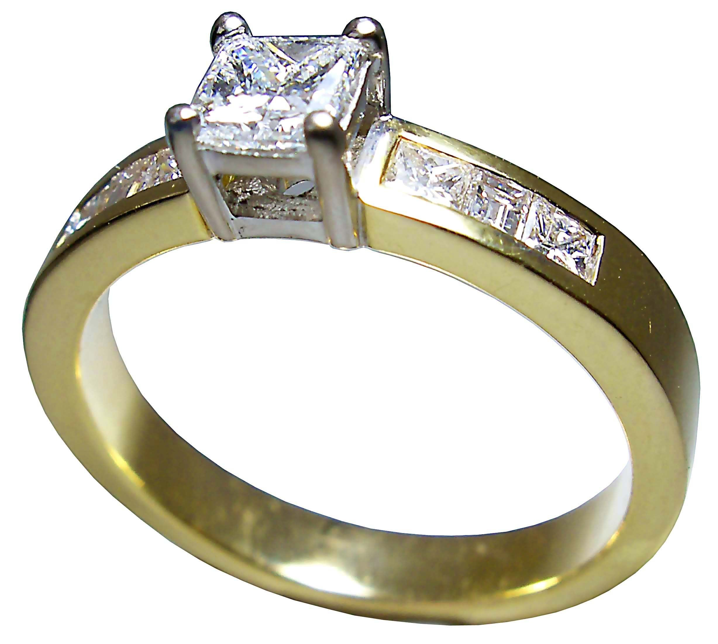 Petersens Jewellers Merivale Christchurch diamond ring in gold