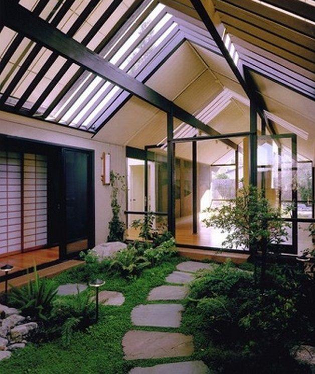 Japanese Garden Indoor: Atrium House Ideas Modern_2
