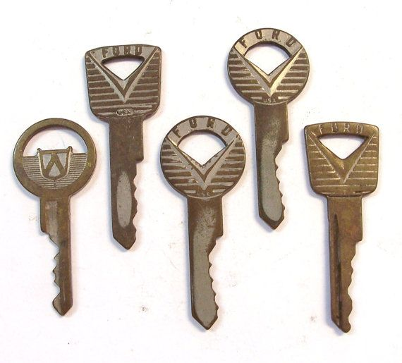 Vintage Ford Keys Google Search Ford Ford Simple Pleasures