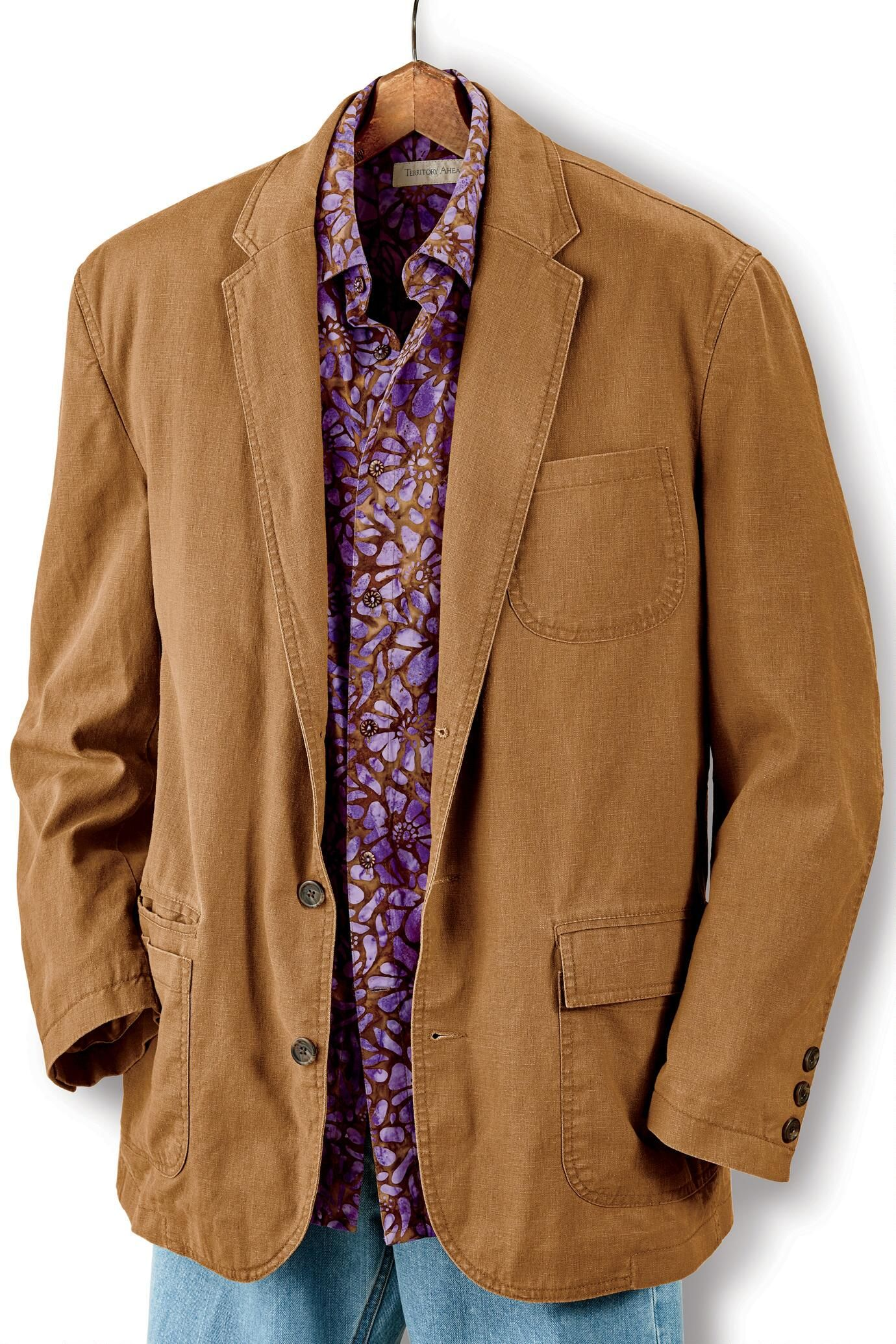 10 Casual Wardrobe Essentials For Cool Temperatures | Sport coat