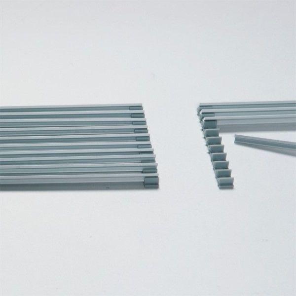Säädettävä, alumiininen tuuletusritilä, koko suurimmillaan 100mm x 596 mm. Materiaali anodisoitu alumiini. #gripshop #tuuletusritilä #keittiö #getagrip #toimivampaankotiin