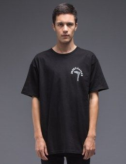 f4cc7ae29911 Born x Raised Palace Of Wisdom S S T-Shirt Model Picture