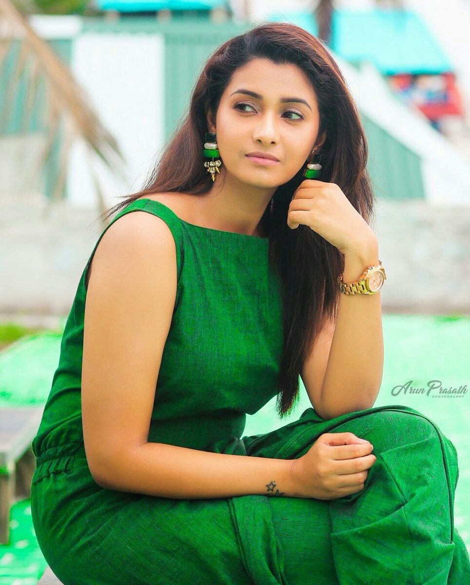 Actress Priya Bhavani Shankar Latest Photo Stills: Pin By Indian Actresses And Models On Indian Actresses