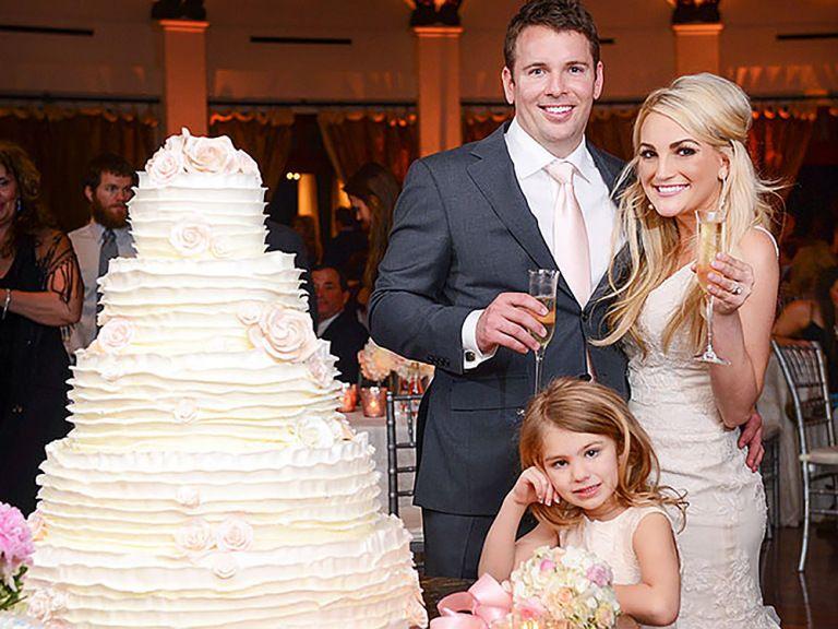 See The Best Celebrity Wedding Cakes In 2020 Jamie Lynn Spears Wedding Celebrity Weddings Jamie Lynn Spears