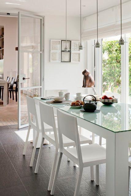 Mesa comedor sillas blancas guice mesas de comedor - Sillas comedor blancas modernas ...