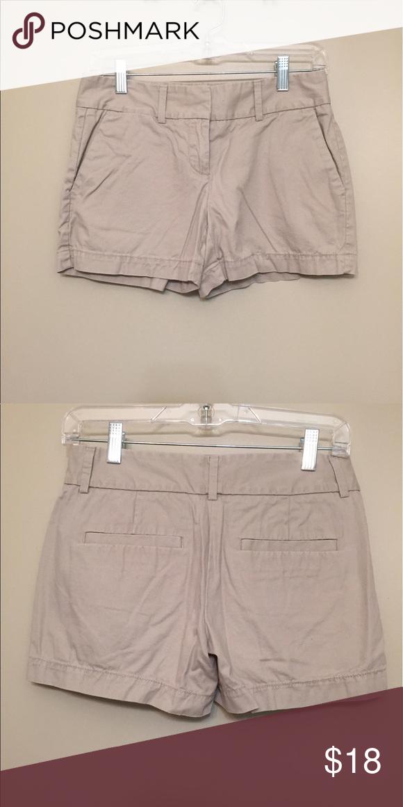 Khaki shorts | Shorts, Nice and As