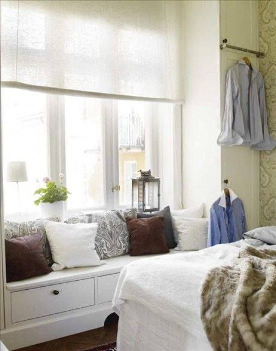 Love the simple window coverings