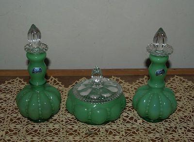 Rare-Fenton-Green-Beaded-Melon-Vanity-Set-Powder-Jar-2-Perfume-Bottles