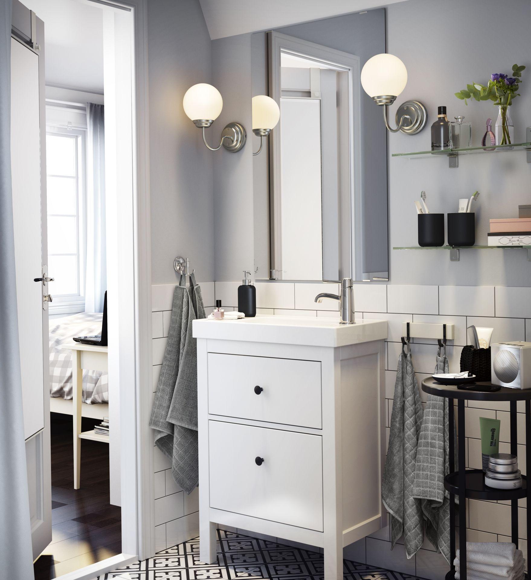 Dans cette salle de bains ouverte sur la chambre coucher - Salle de bain ouverte sur chambre ...