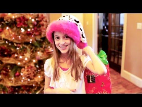It S Christmas Time With Kaelyn Seven Super Girls Supergirl Girl