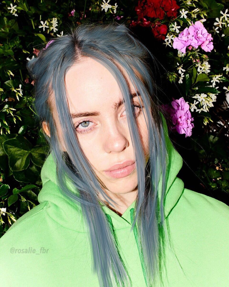 Made Her Hair Blue Blue Hair In 2019 Billie Eilish Blue Hair