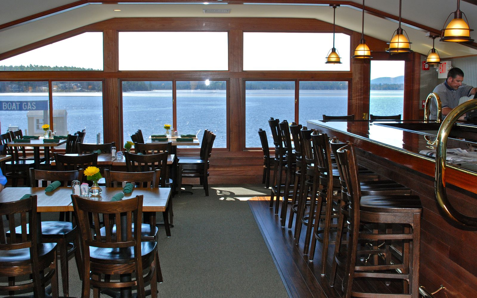 Look For The Dive Boat Behind Gas Dock Garwoods Restaurant Pub Dining On Ss Of Beautiful Wolfeboro Bay Lake Winnipesaukee Nh