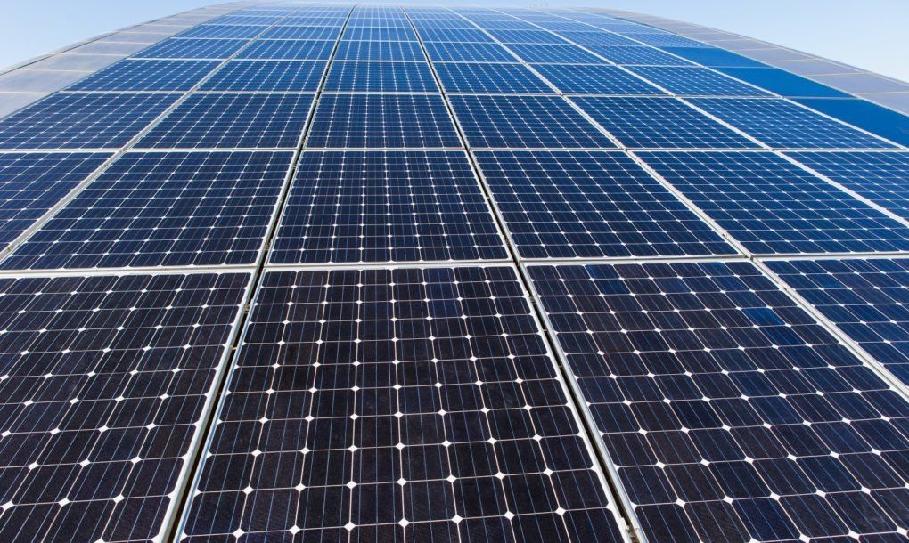 The Cost Of High Efficiency Solar Panels Fell 37 In 2017 Solar Solar Panels Roof Solar Panel