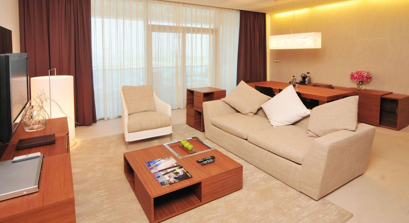 Radisson Blu Residence Dubai Marina Uae Booking Com Facebook