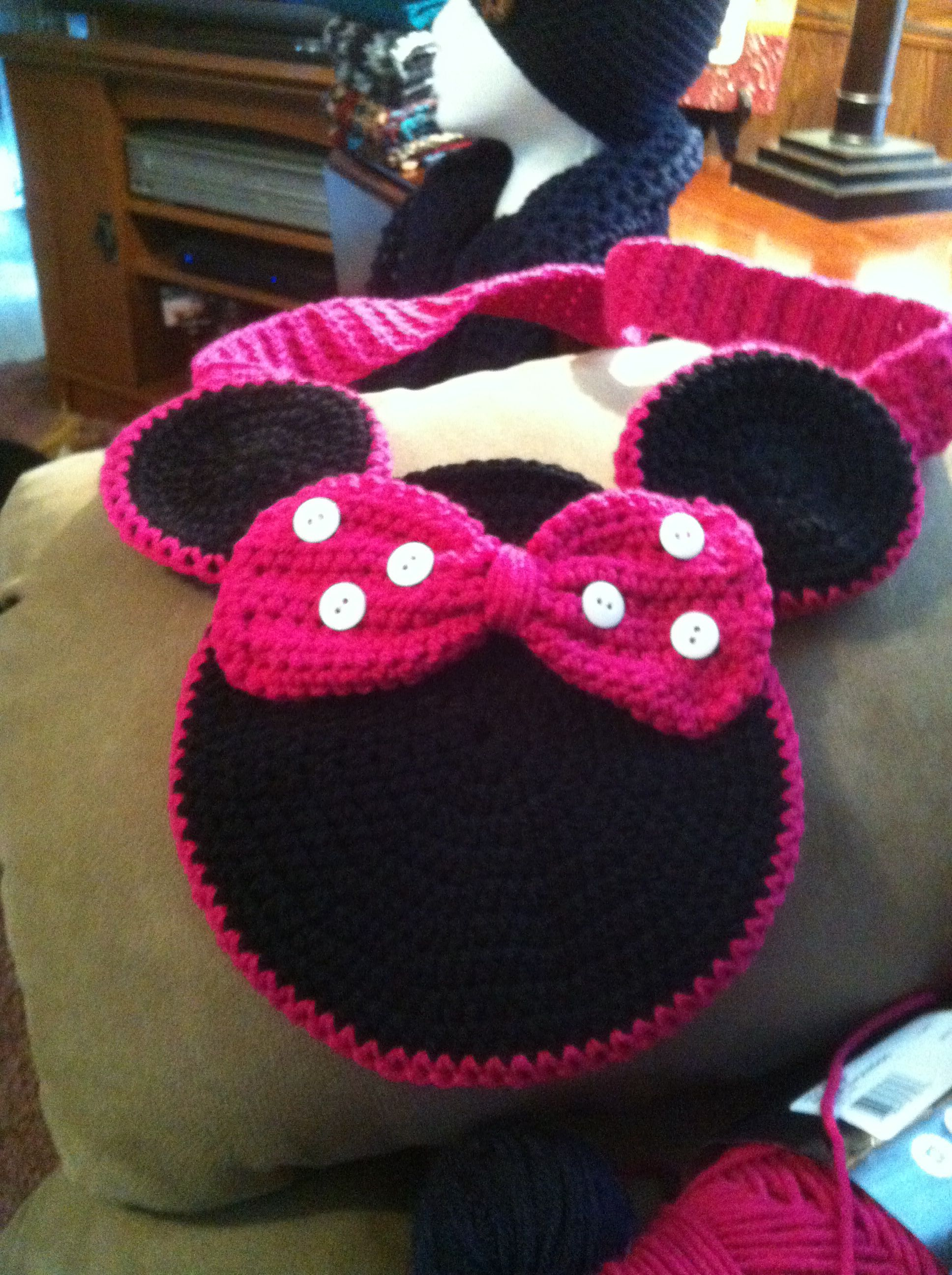 Minnie mouse purse! | Things I have crocheted! | Pinterest ...