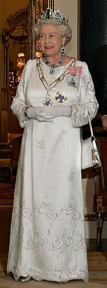 Elizabeth Ii Wearing The Aquamarine Tiara With The Brazil Necklace And Bracelet Royal Queen Queen Elizabeth Elizabeth Ii
